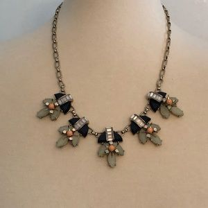Jeweled and rhinestones statements necklace